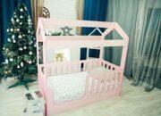 кровать-домик розовый